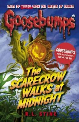 Goosebumps: The scarecrow walks at midnight by R.L Stine (Paperback / softback)