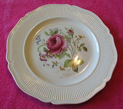 "Royal Doulton (Curnock Rose) 9 1/2"" LUNCHEON PLATE  Pat #D5811  Exc"
