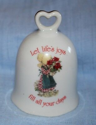 HOLLY HOBBIE 1981 porcelain bell Japan LET LIFE'S JOYS FILL ALL YOUR DAYS 9cm