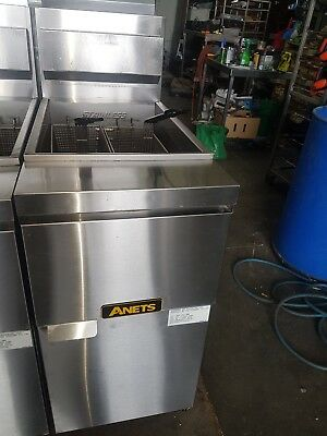 Anets anet deep fryer 14GS  used made in usa in excellent condition
