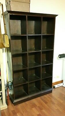 Pigeon Hole-Bookcase