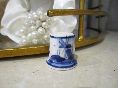 Collectible Thimble Blue and White Ceramic Holland scene hand painted