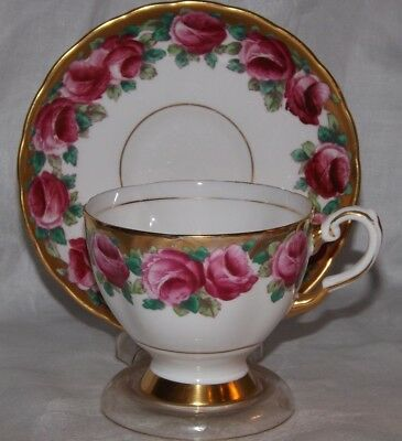 Tuscan Fine Bone China Teacup & Saucer*Cabbage Roses*Heavy Gold Gilt*Excellent