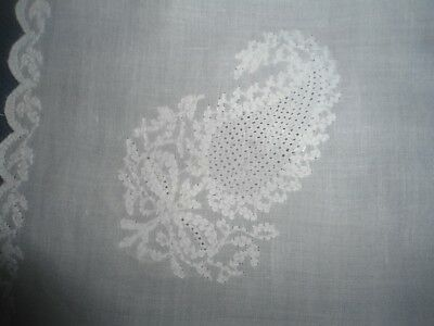 """Gorgeous White Fine Linen Embroidered Tablecloth Or Centre 19.5"""" X 17.75"""""""