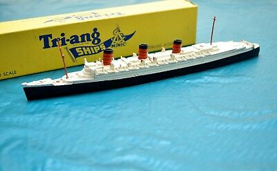 Triang Minic Ships  M.703 Rms Queen Mary