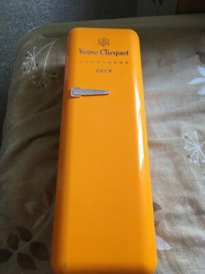 Veuve Clicquot Plastic Case Only Display Transport Store