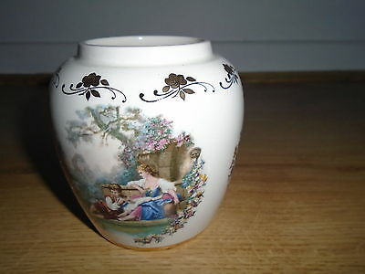 Romantic couple pot pourri jar, no lid, 4 inches high, LORD NELSON POTTERY