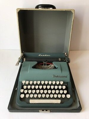 Working Vtg 1950s UNDERWOOD LEADER PORTABLE TYPEWRITER TWO TONE GREEN WHITE KEYS