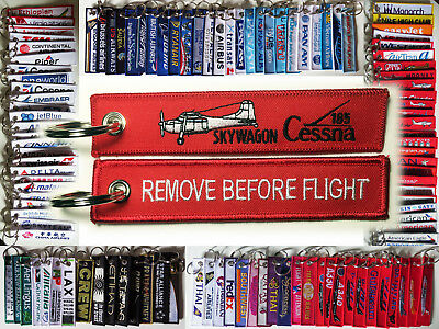 Keyring CESSNA 185 SKYWAGON in red Remove Before Flight keychain for pilots