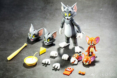 New Cartoon Tom and Jerry Action Figure PVC Model Cat & Mouse Flexible In Stock