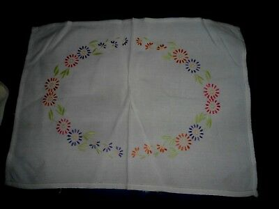 """Very Pretty White Hand Embroidered Small Tablecloth 21"""" X 15.25"""""""