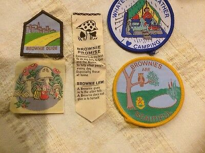 5 Brownie Girl Guide Badges Vintage New Condition
