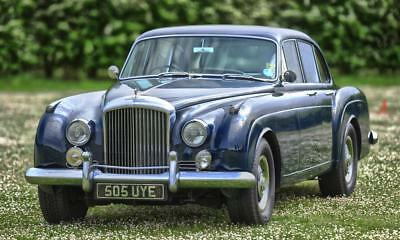 1960 Bentley S2 Continental Flying Spur by H.J. Mulliner