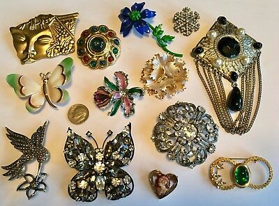 Mixed lot of Vintage & Modern Pins Brooches Butterfly, Hummingbird, Flowers