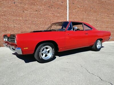 1969 Plymouth Road Runner  '69 Road Runner with a 383 and 4-speed transmission