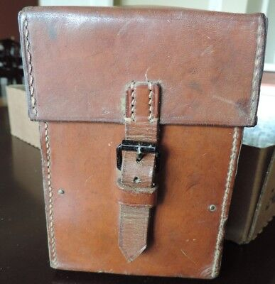 Original WWII Vintage Leather Pouch from 21st Tank Bat. 10th Armor Med. Veteran