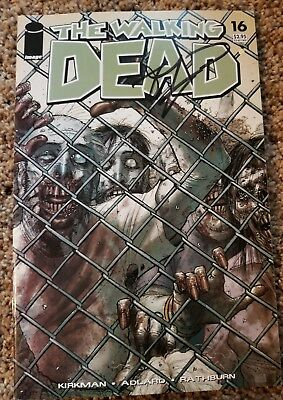 The Walking Dead #16 Signed by Robert Kirkman + #1 Wizard World Columbus variant