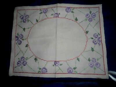 """GORGEOUS CREAM LINEN  HAND CROSS STITCHED SMALL TABLECLOTH/CENTRE 19.75"""" x 15.5"""""""