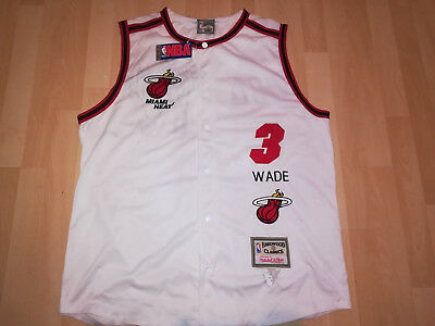 Mitchell&Ness Hardwood Classics Basketballtrikot Miami Heat #3 Wade