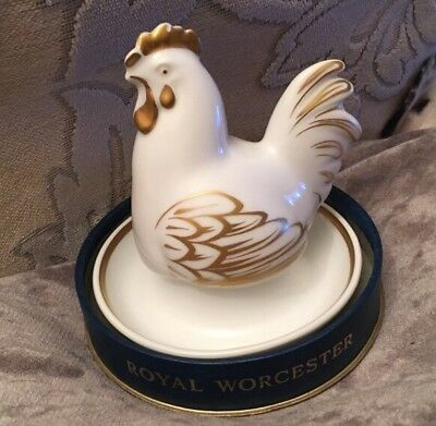 Royal Worcester fine porcelain egg cup & chicken cover-boxed-unused