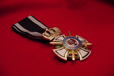 German  Wwi Medal - Royal House Order Of Hohenzollern Knight W/swords