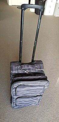 New DAKINE Fashion Spinner Carry On Trolley Cabin Suitcase Bag Luggage