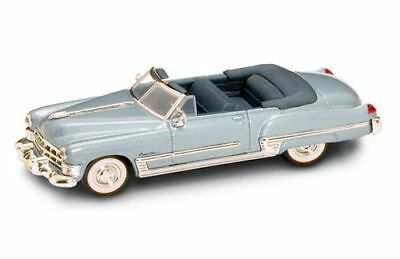 Cadillac Coupe' Deville 1949 Metallic Blue 1:43 Model LUCKY DIE CAST