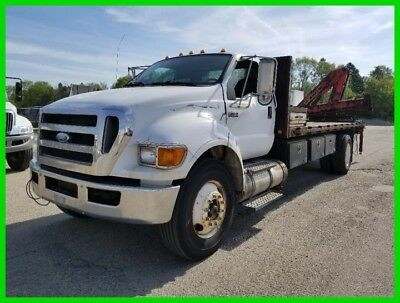 2008 Ford F-750 Flat Bed with Crane!