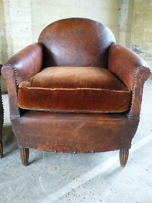 Exquisite Vintage Chestnut Leather Library Club Arm Chair Country House
