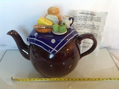 Cardew Collectable Novelty Rare Large Betty Teapot Harvest Pies Lovely Condition