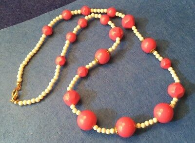 Vintage Retro Rockabilly Chunky Hot Pink White Bead Necklace 18A