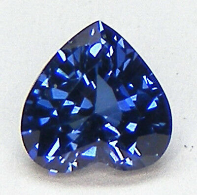 TOP QUALITE T. COEUR 6x6 MM. SAPHIR CEYLAN BLEU CORINDON DE SYNTHESE