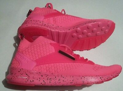 2f521ea634e4b4 New Reebok Zoku Runner UltraKnit IS Men s Size 9.5 Shoes Solar Pink BS7934