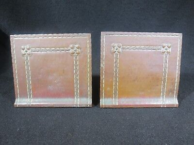 ATQ 1910s 1920s ARTS & CRAFTS PERIOD MISSION STYLE HAND HAMMERED COPPER BOOKENDS
