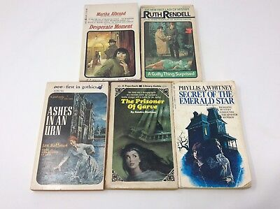 Lot Of 5 Vintage Gothic Mystery Thriller Paperback Novels