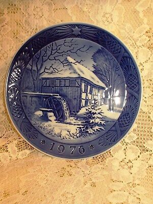 Vintage ROYAL COPENHAGEN Collector Plate 1976 VIBAEK WATERMILL