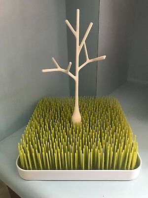 Boon Grass and Twig, Green + White Drying Tray