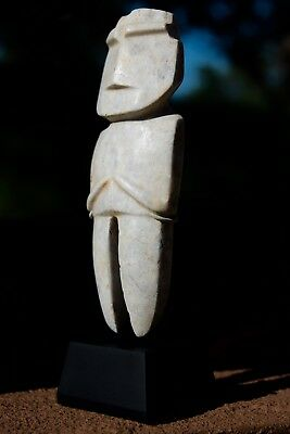 Pre Columbian Stone Mezcala M-12 figure,Olmec, Aztec, Mayan, Mexican, with Stand