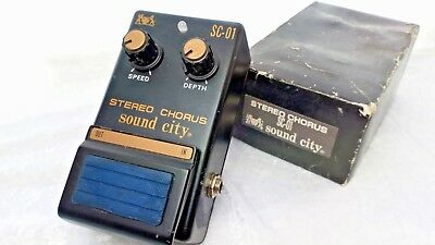 Stereo Chorus SC-01 vintage 80s effects pedal by Sound City with original box