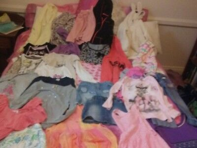 Bulk lot girls sizes 6 & 7 50 items