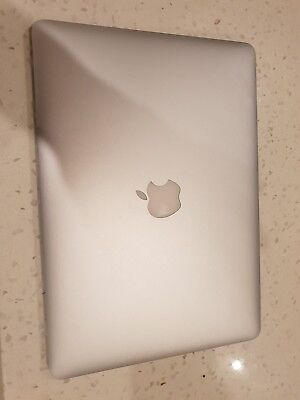 Apple MacBook Air A1466 (13-inch,i5@1.8GHz, 4Gb DDR3 Ram, 128gb SSD, Mid 2012