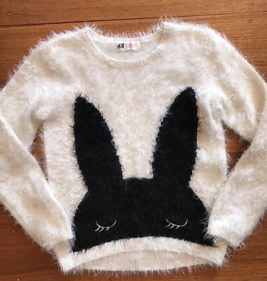 Girls H&M Size 7-8 Fluffy Bunny White Black Jumper Top