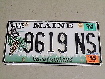 2014 Maine License Plate 9619NS Vacationland Chickadee 2012 Sticker FastFreeShip