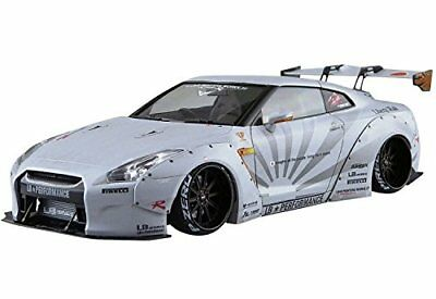 Model_kits Aoshima 054031 Liberty Walk 10 1/24 LB WORKS NISSAN R35 GT-R Ver.2 MA