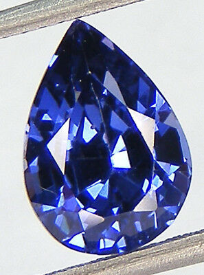 2,94CT. EXCELLENT SAPHIR BLEU CORINDON DE SYNTHESE T. POIRE 10,3x7,3 MM.