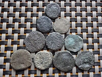 LOT OF 10 ANCIENT ROMAN BRONZE COINS UNKNOWN / LOW CONDITION   (7a)
