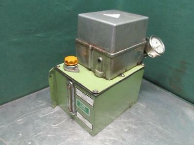Showa Type MLB-03-W Automatic Oil Lube Lubrication Pump System Oiler 3 Phase