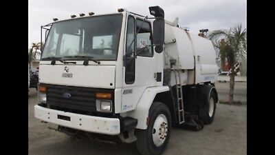 1997 Ford FC8000 Vacuum Truck , Sweeper Style Truck Low 9,500 Miles Johnson 605