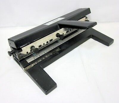 ACCO Model 440  Hole Punch - Very Nice