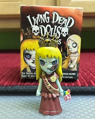 LIVING DEAD DOLLS FIGURINES WALPURGIS RED VARIANT MINT 8/% RATIO